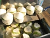 Някой да иска леден кокосов орех?